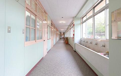 長~い廊下