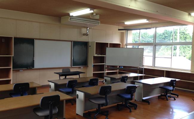 財部北中学校の旧図書室