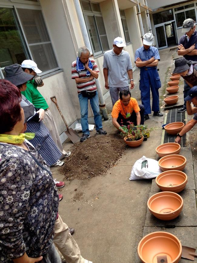 園芸講座-寄せ植え実習