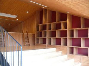 しゃらこども園-図書スペース